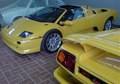 Neue Lackierung -  2 x Lamborghini