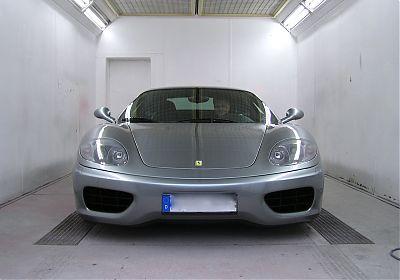 Ferrari Lackierung